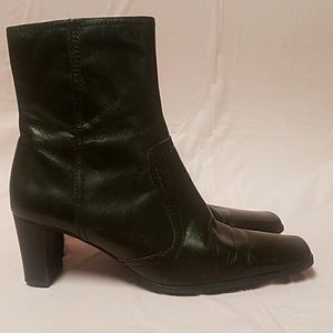 Nine & Co Brown Leather Ankle Boots